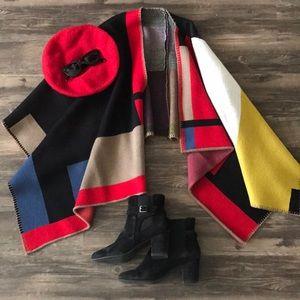 Sweaters - Multicolored Poncho / Cape